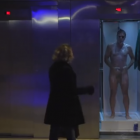naked-guy-prank